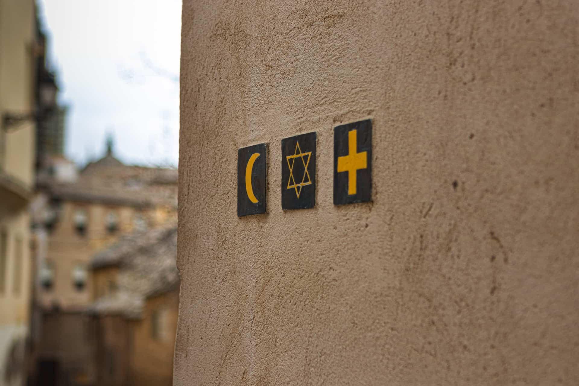 Symbolen van islam, jodendom en christendom | Groen Rechts